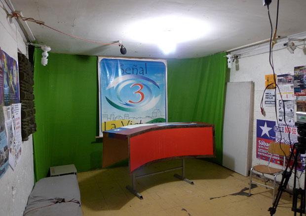 Señal 3 television recording studio